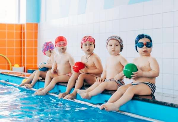 """Семейно - оздоровительный центр раннего развития ребенка """"HAPPY SWIM"""""""